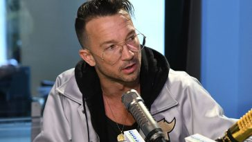 NEW YORK, NY - NOVEMBER 20:  (EXCLUSIVE COVERAGE) Carl Lentz, the senior pastor of Hillsong Church in New York City visits iHeart Now at Z100 Studio to talk with Elvis Duran on November 20, 2017 in New York City.  (Photo by Slaven Vlasic/Getty Images)